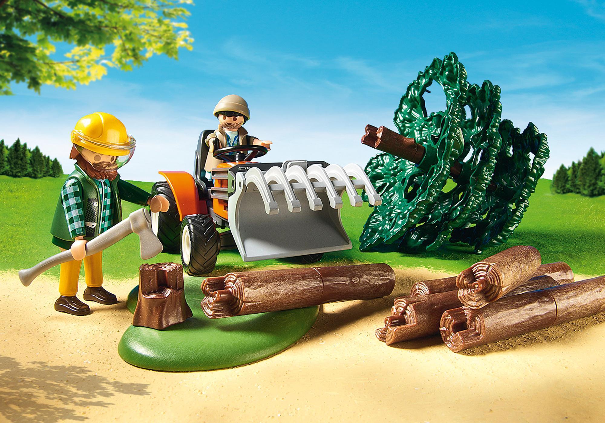http://media.playmobil.com/i/playmobil/6814_product_extra2/Leñador con Tractor