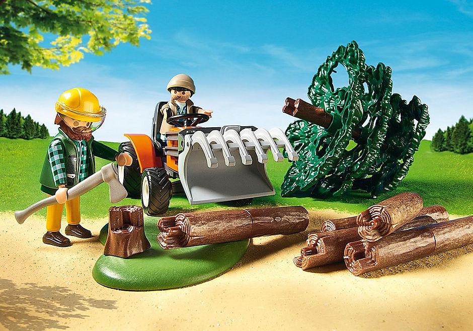 6814 Skovarbejder med traktor detail image 6