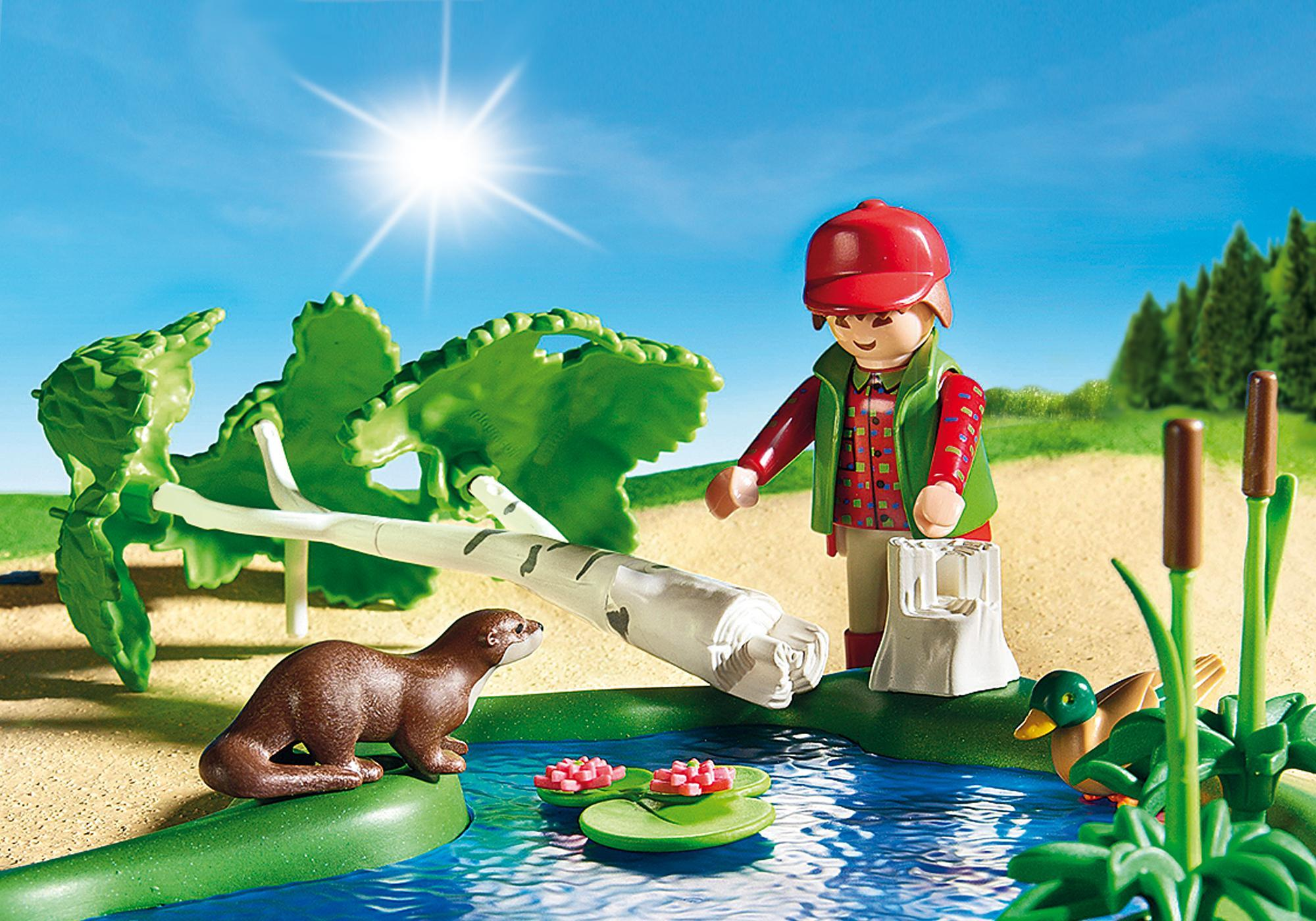 http://media.playmobil.com/i/playmobil/6816_product_extra1