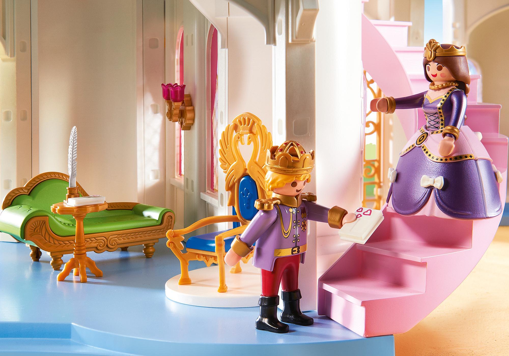 http://media.playmobil.com/i/playmobil/6848_product_extra1/Grand château de princesse
