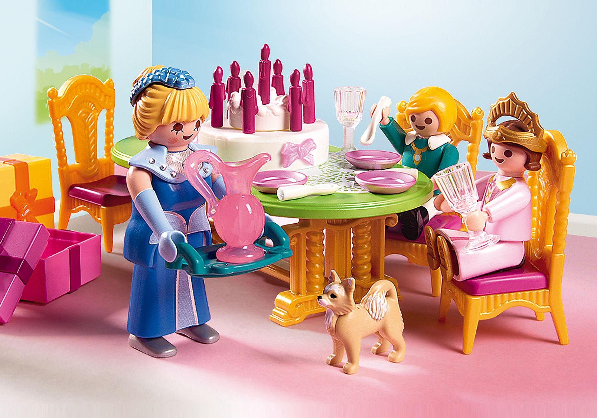 http://media.playmobil.com/i/playmobil/6854_product_extra1/Salle à manger pour anniversaire princier
