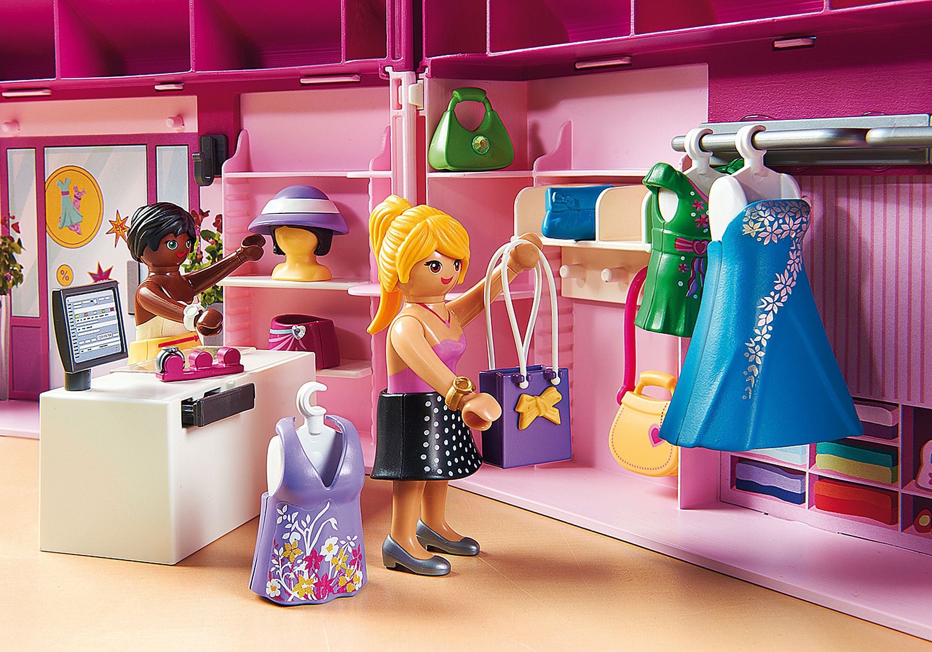 http://media.playmobil.com/i/playmobil/6862_product_extra2/Take Along Fashion Boutique
