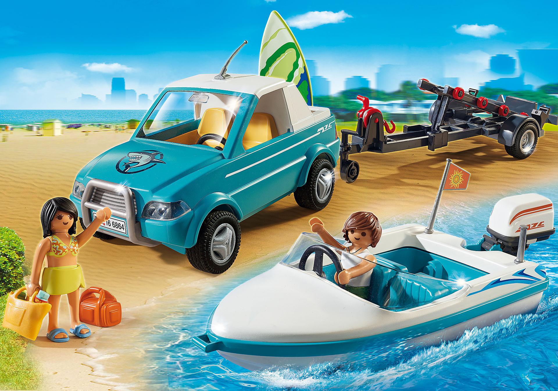 6864 Voiture  avec bateau et moteur submersible  zoom image1