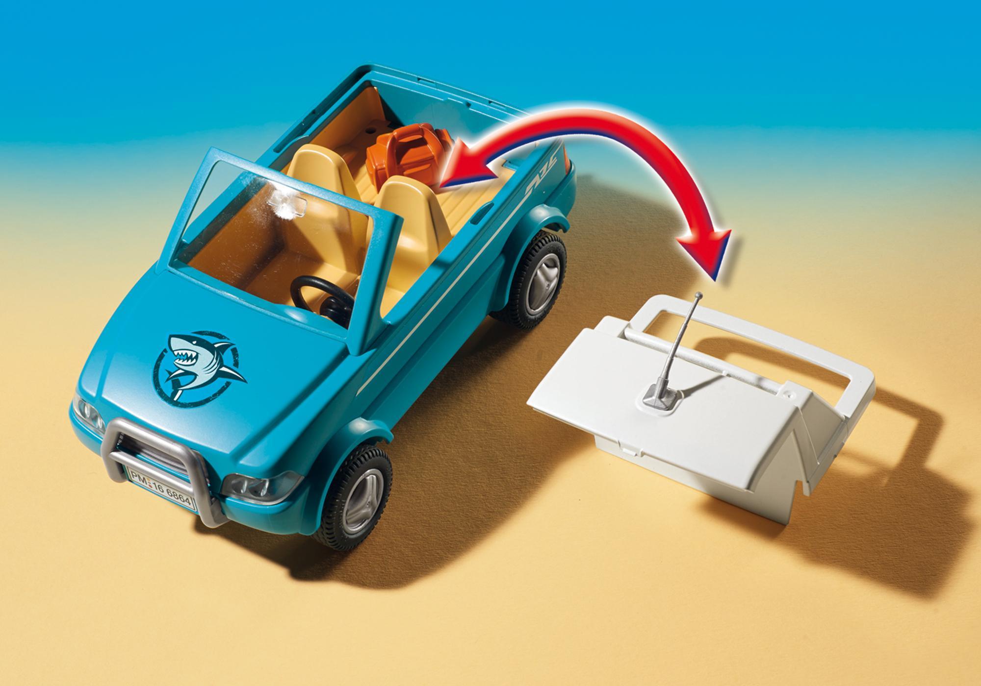 http://media.playmobil.com/i/playmobil/6864_product_extra1/Pickup med motorbåt med undervattenmotor