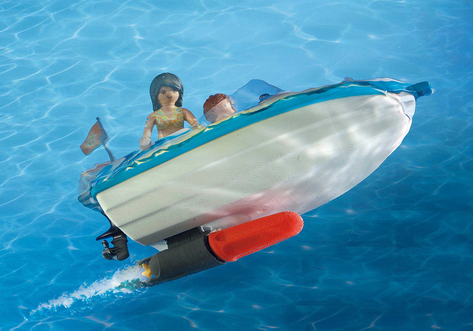 6864 Pick-up met speedboot met onderwatermotor zoom image6