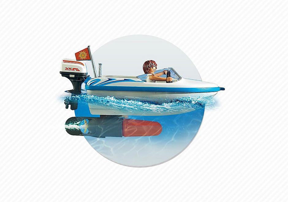 http://media.playmobil.com/i/playmobil/6864_product_extra5/Pickup med motorbåt med undervattenmotor