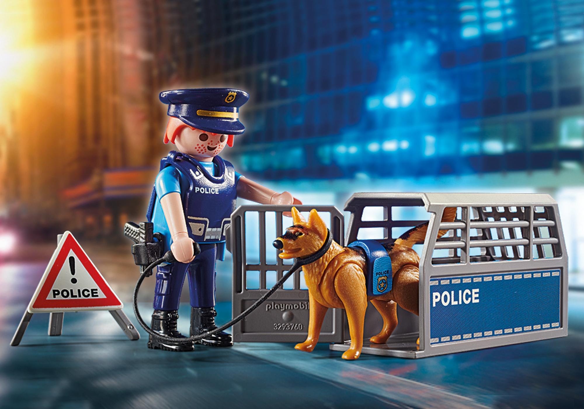 http://media.playmobil.com/i/playmobil/6878_product_extra1/Police Roadblock