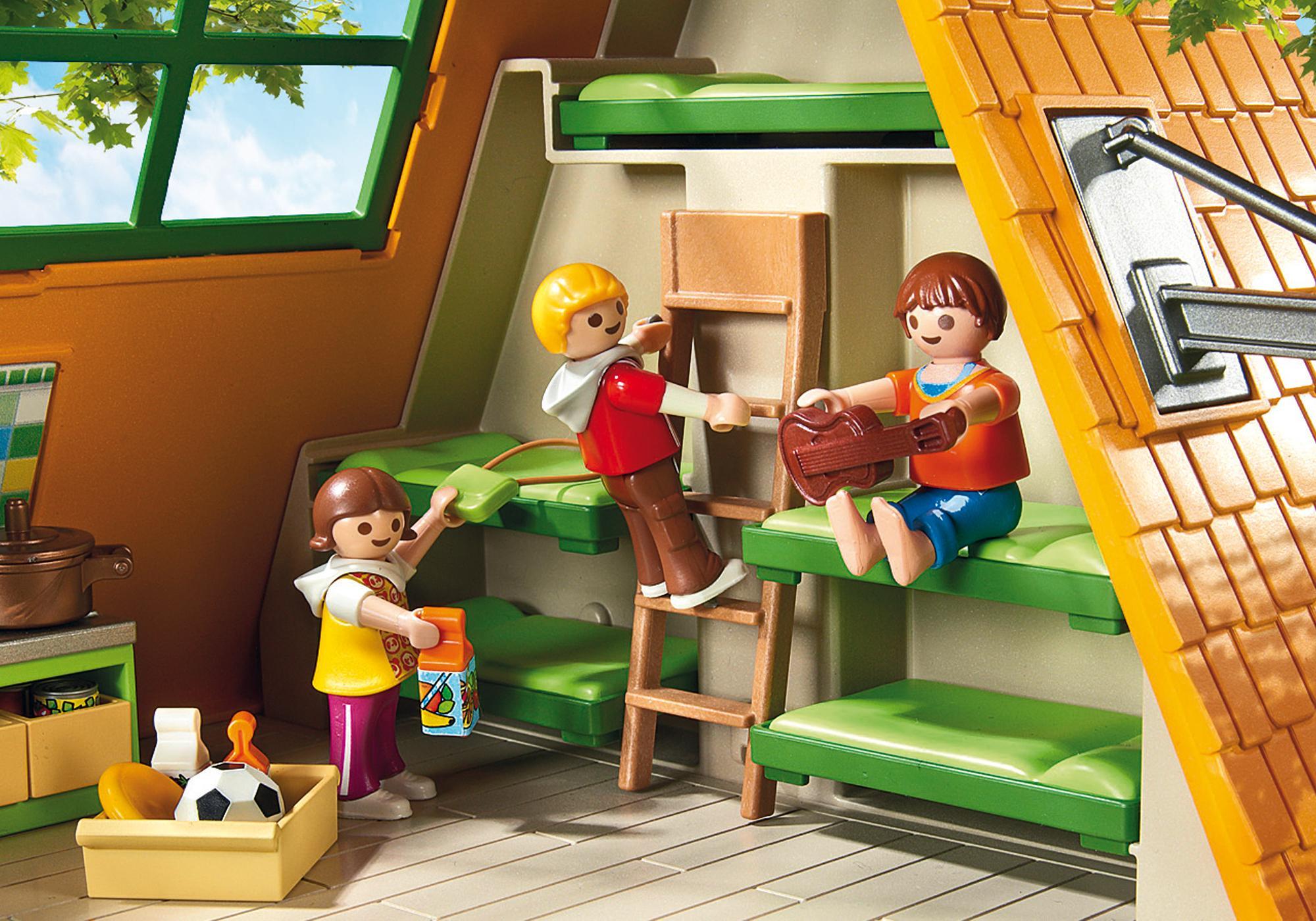 http://media.playmobil.com/i/playmobil/6887_product_extra2/Großes Feriencamp