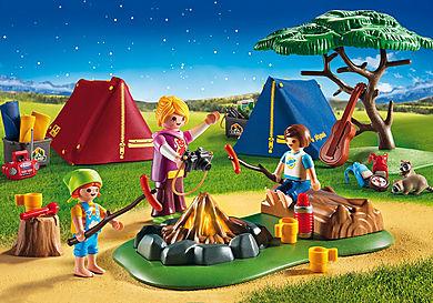 6888 Campamento con Fogata