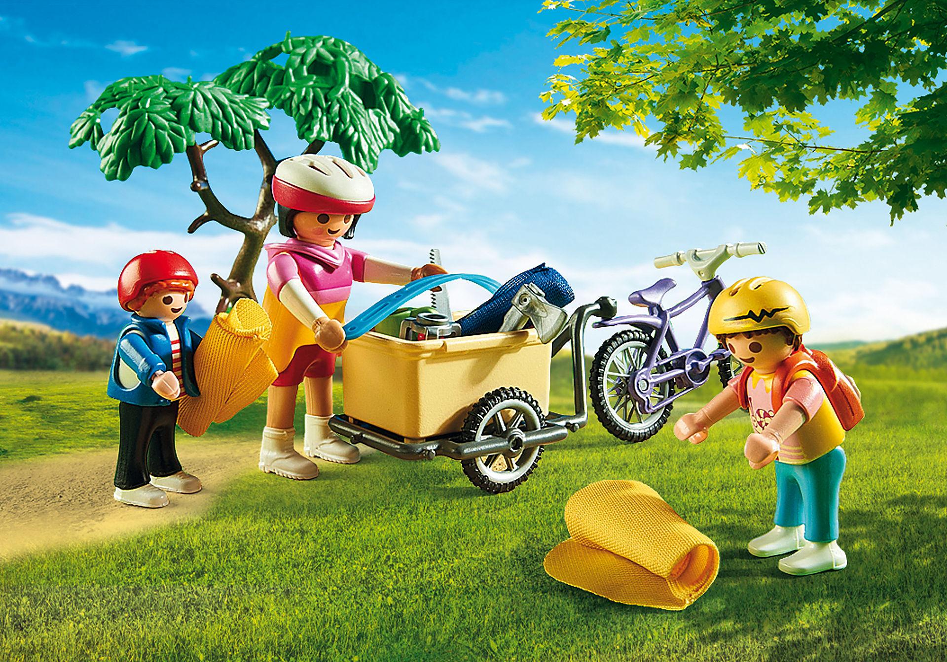 6890 Cyclistes avec vélos et remorque zoom image6