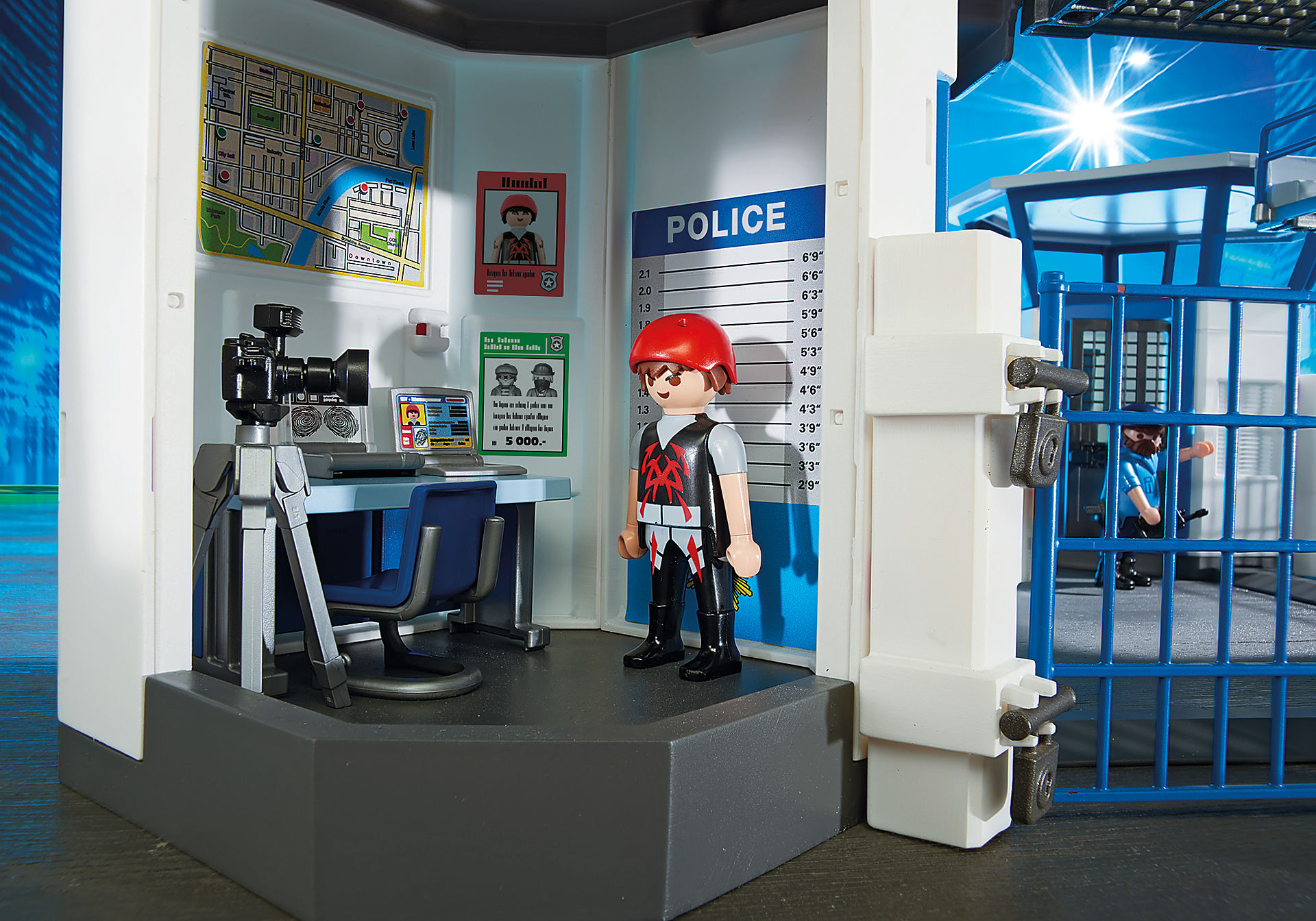6919 Int. Polizei-Kommandozentrale mit Gefängnis zoom image5