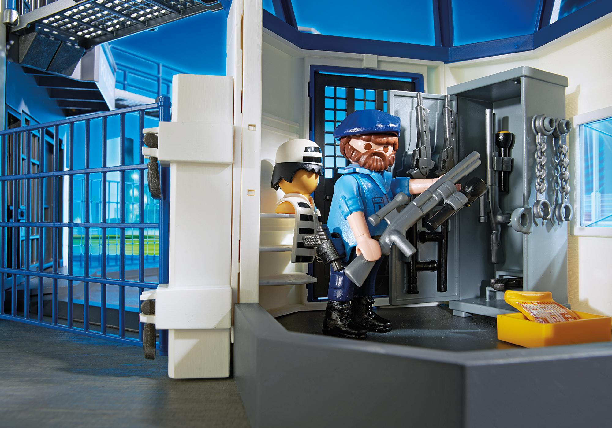 http://media.playmobil.com/i/playmobil/6919_product_extra3/Esquadra da Polícia com prisão
