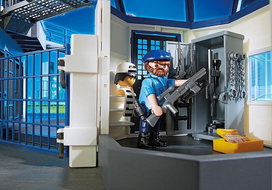 http://media.playmobil.com/i/playmobil/6919_product_extra3/Int. Polizei-Kommandozentrale mit Gefängnis