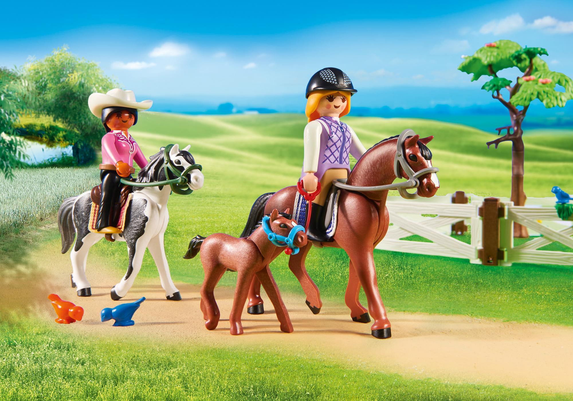 http://media.playmobil.com/i/playmobil/6926_product_extra4/Större ridanläggning