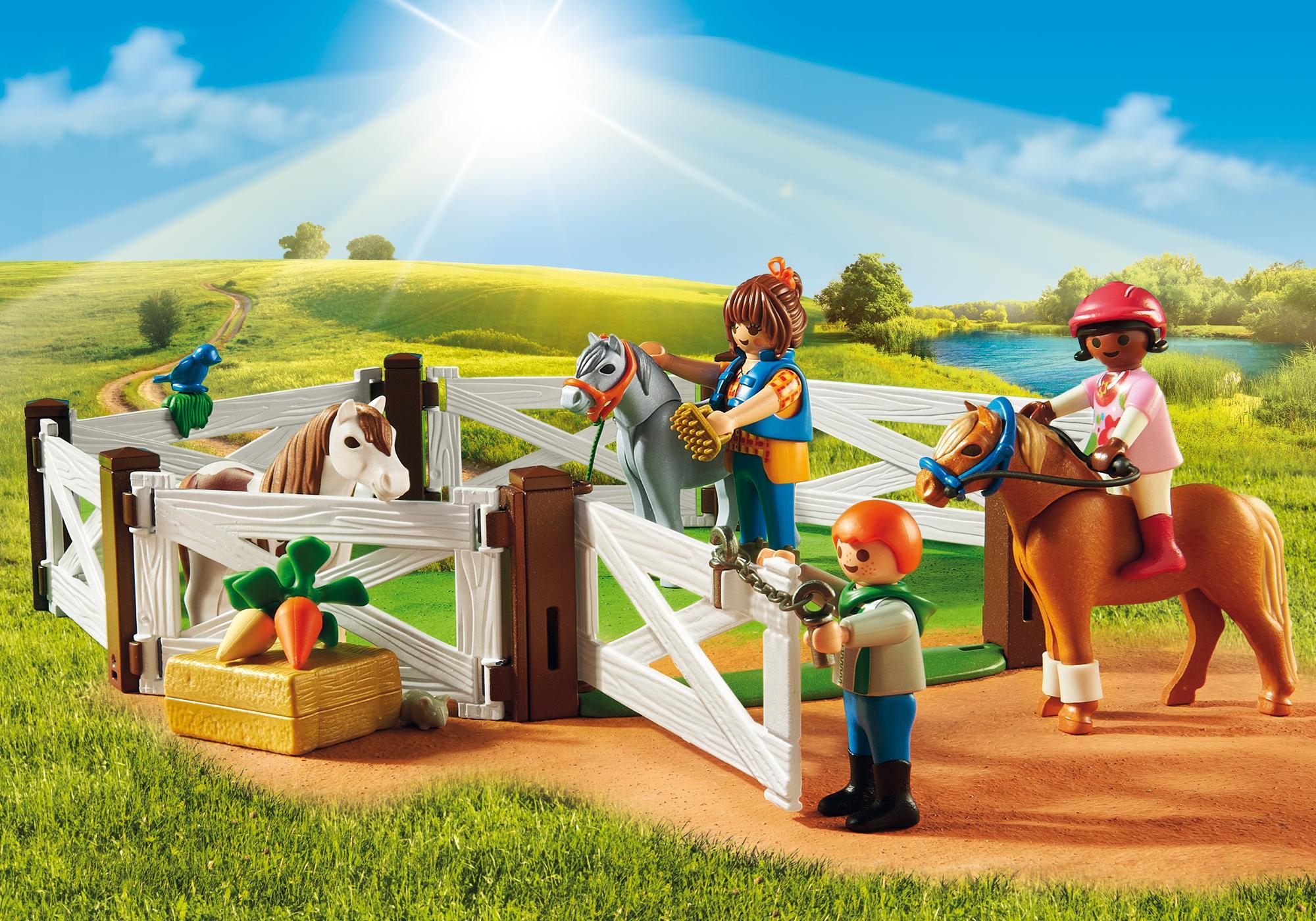 http://media.playmobil.com/i/playmobil/6927_product_extra2/Quinta dos Póneis