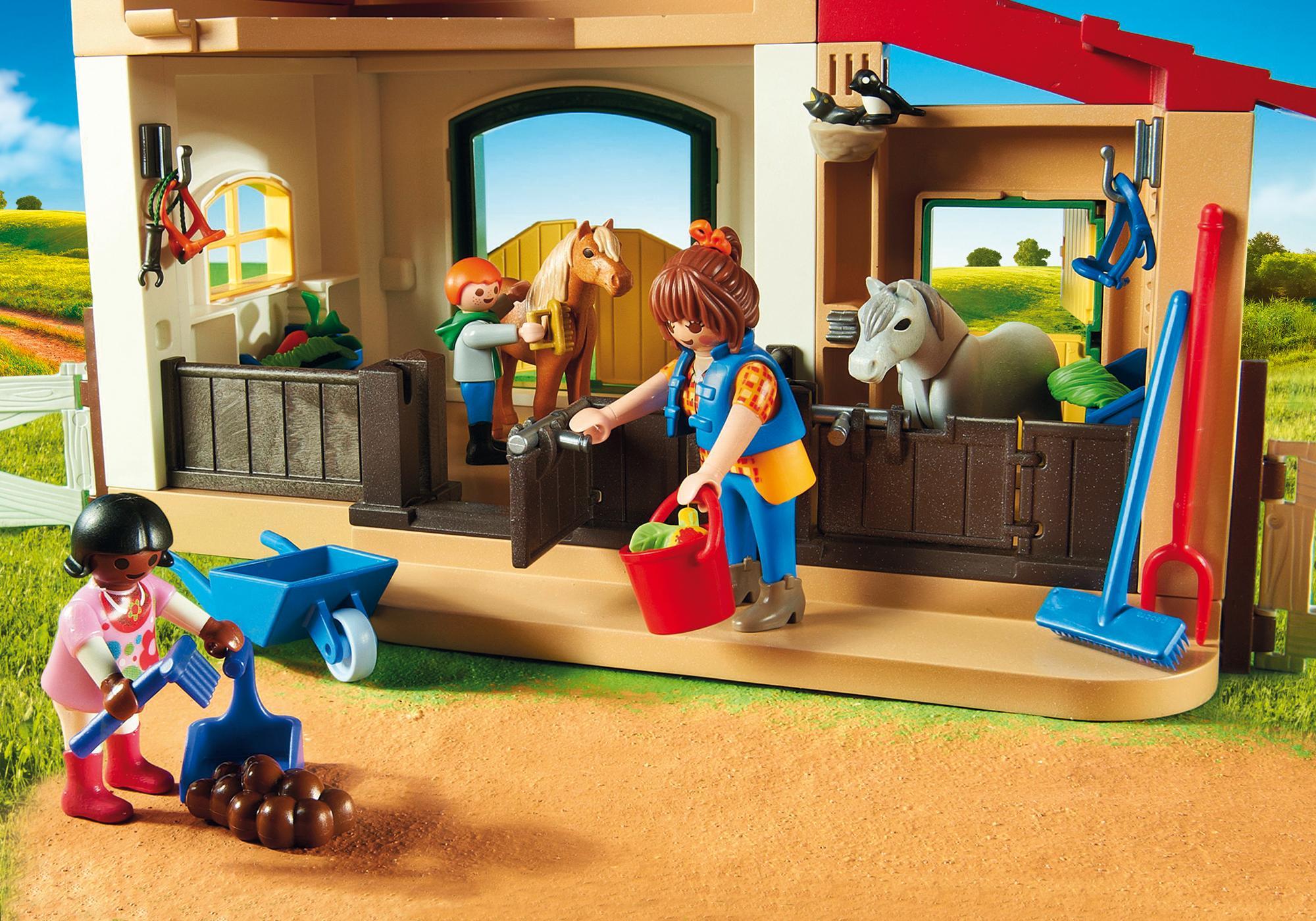 http://media.playmobil.com/i/playmobil/6927_product_extra3/Quinta dos Póneis