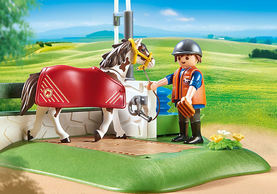 http://media.playmobil.com/i/playmobil/6929_product_extra2/Box de lavage pour chevaux