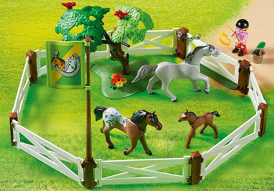 http://media.playmobil.com/i/playmobil/6931_product_extra2/Enclos avec chevaux