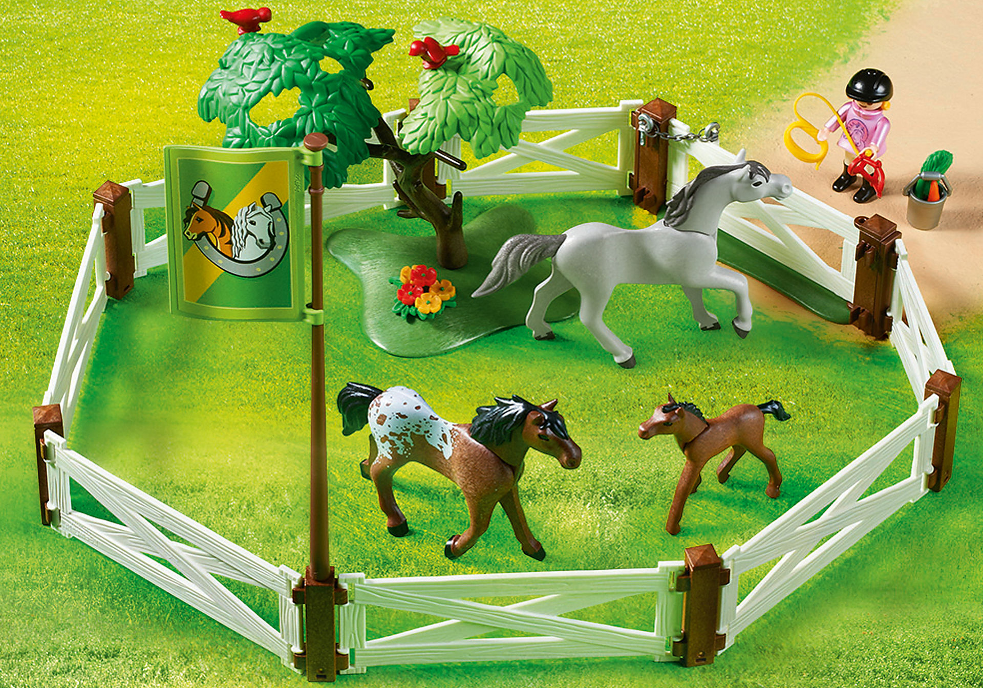 http://media.playmobil.com/i/playmobil/6931_product_extra2/Horse Paddock