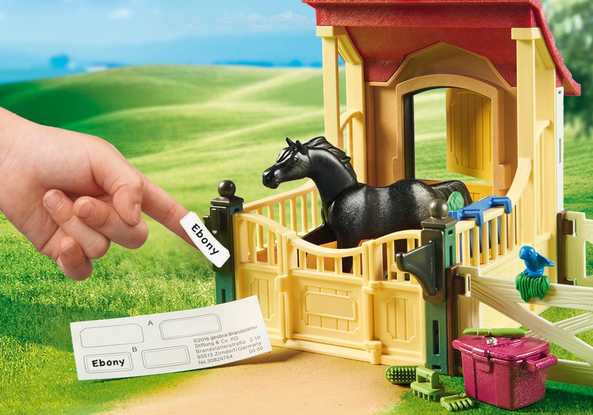 http://media.playmobil.com/i/playmobil/6934_product_extra1/Box avec cavalière et pur-sang Arabe