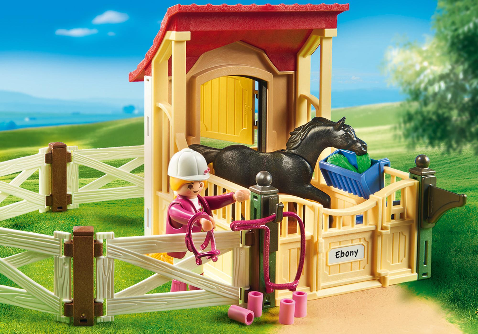 http://media.playmobil.com/i/playmobil/6934_product_extra2/Cavalo Árabe com Estábulo