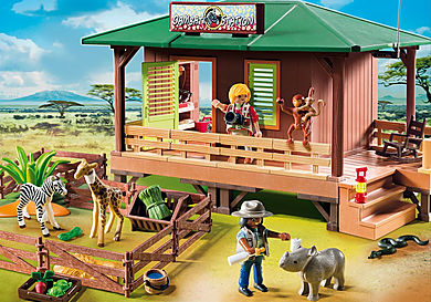 6936 Ranger Station with Animal Area