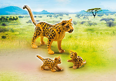 6940_product_detail/Leopardo con Crías