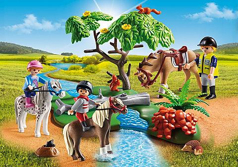 6947 Country Horseback Ride