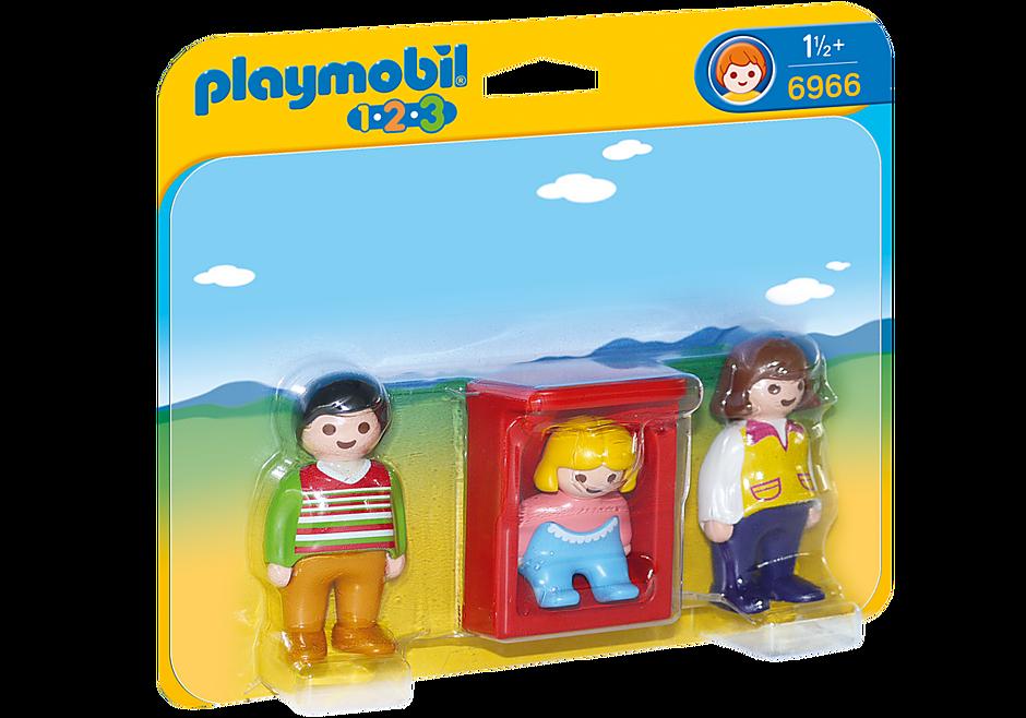 6966 Eltern mit Babywiege detail image 3