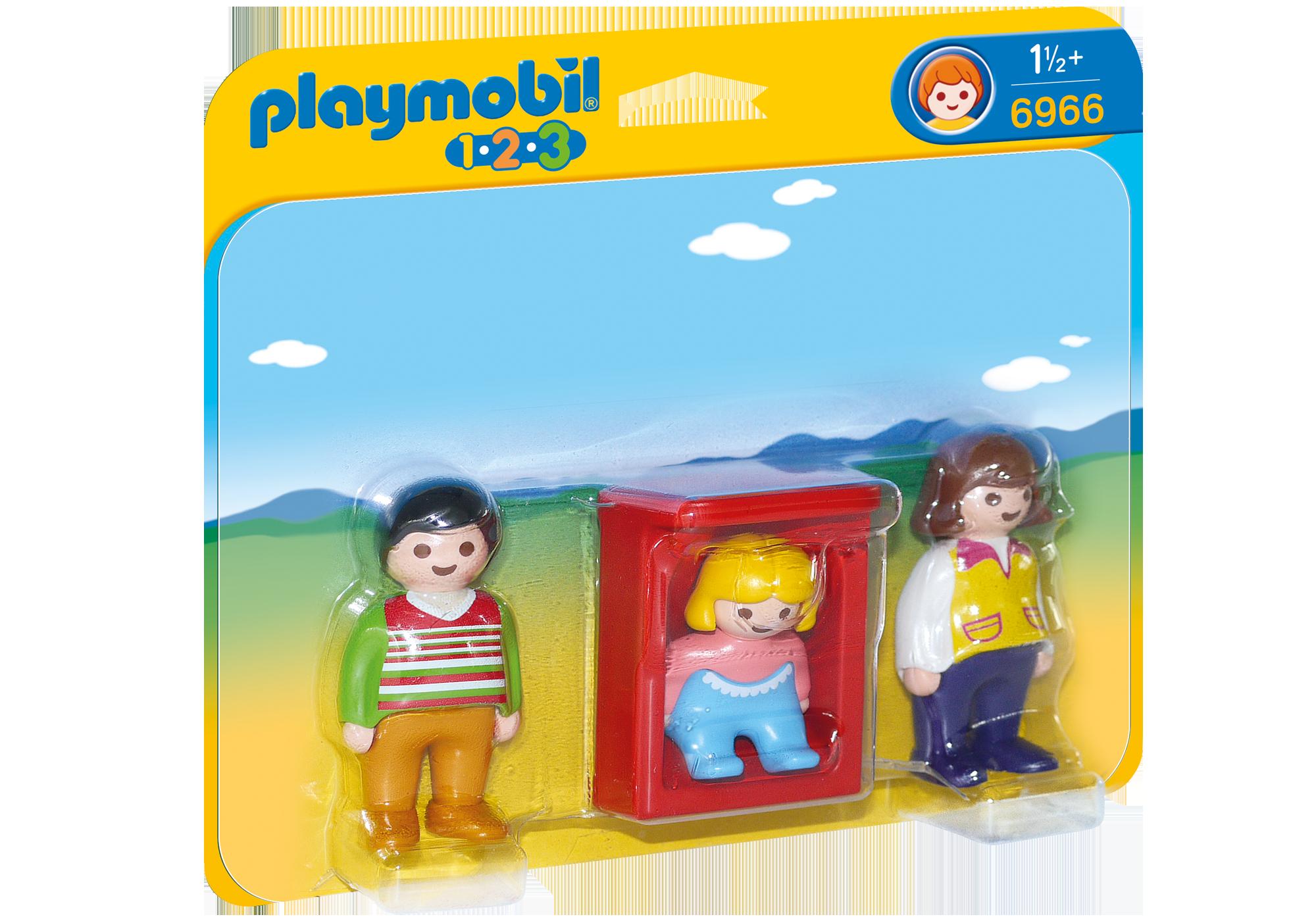 http://media.playmobil.com/i/playmobil/6966_product_box_front/Eltern mit Babywiege