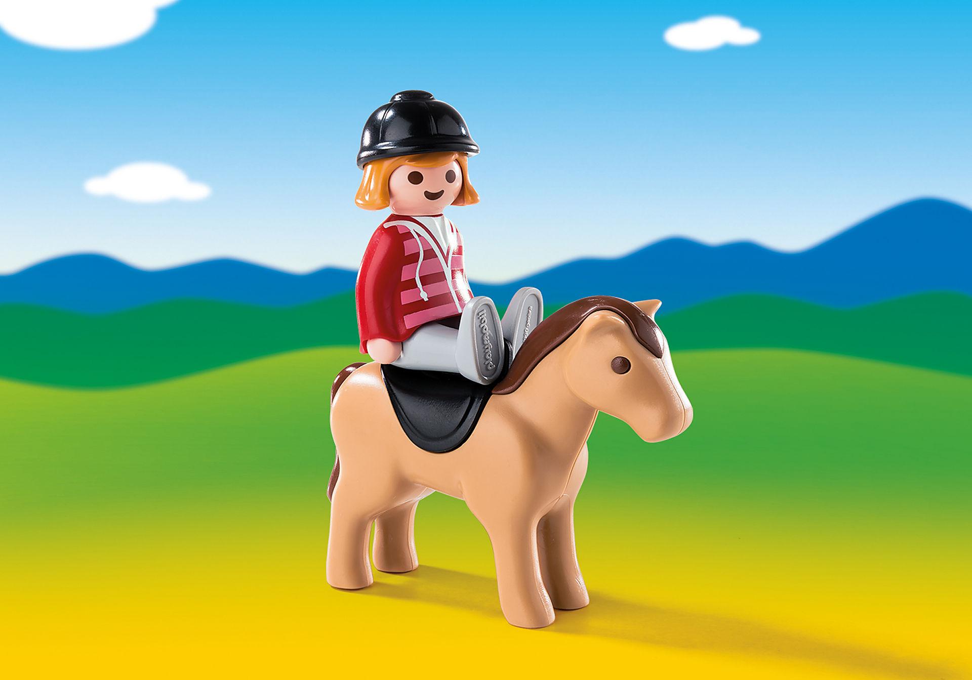 6973 Reiterin mit Pferd zoom image1