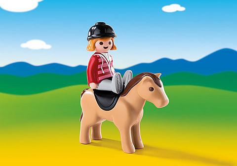 6973 Reiterin mit Pferd