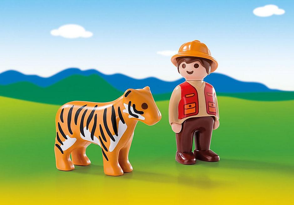 6976 Wildhüter mit Tiger detail image 1