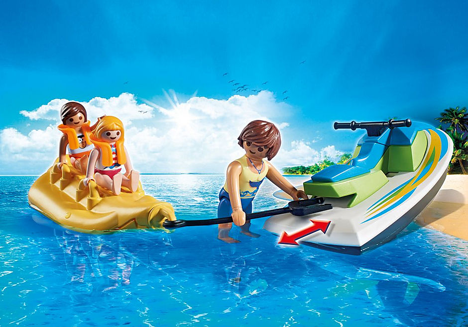 6980 Vacanciers avec scooter des mers et banane detail image 5