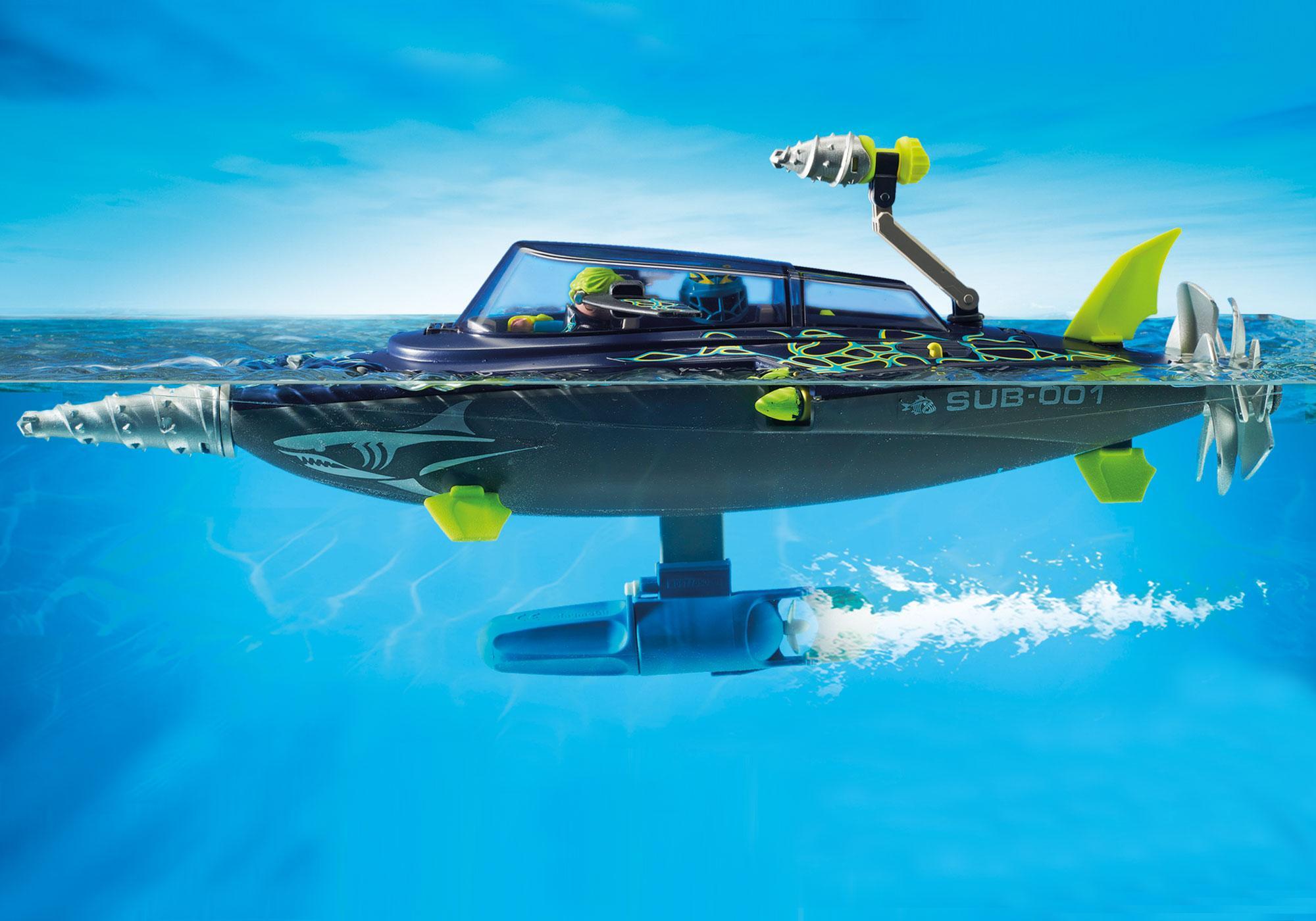 http://media.playmobil.com/i/playmobil/70005_product_extra2/TEAM S.H.A.R.K. Destroyer med bor
