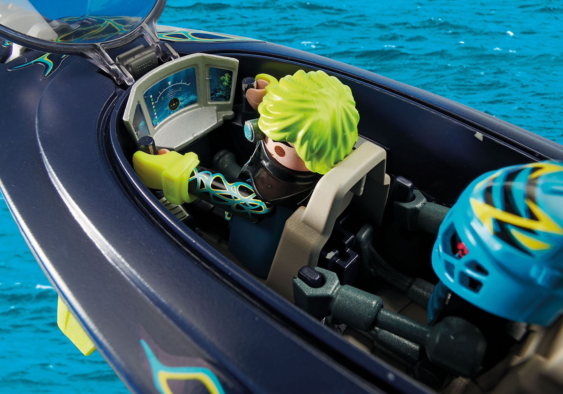 http://media.playmobil.com/i/playmobil/70005_product_extra3/Sous-marin d'attaque S.H.A.R.K Team