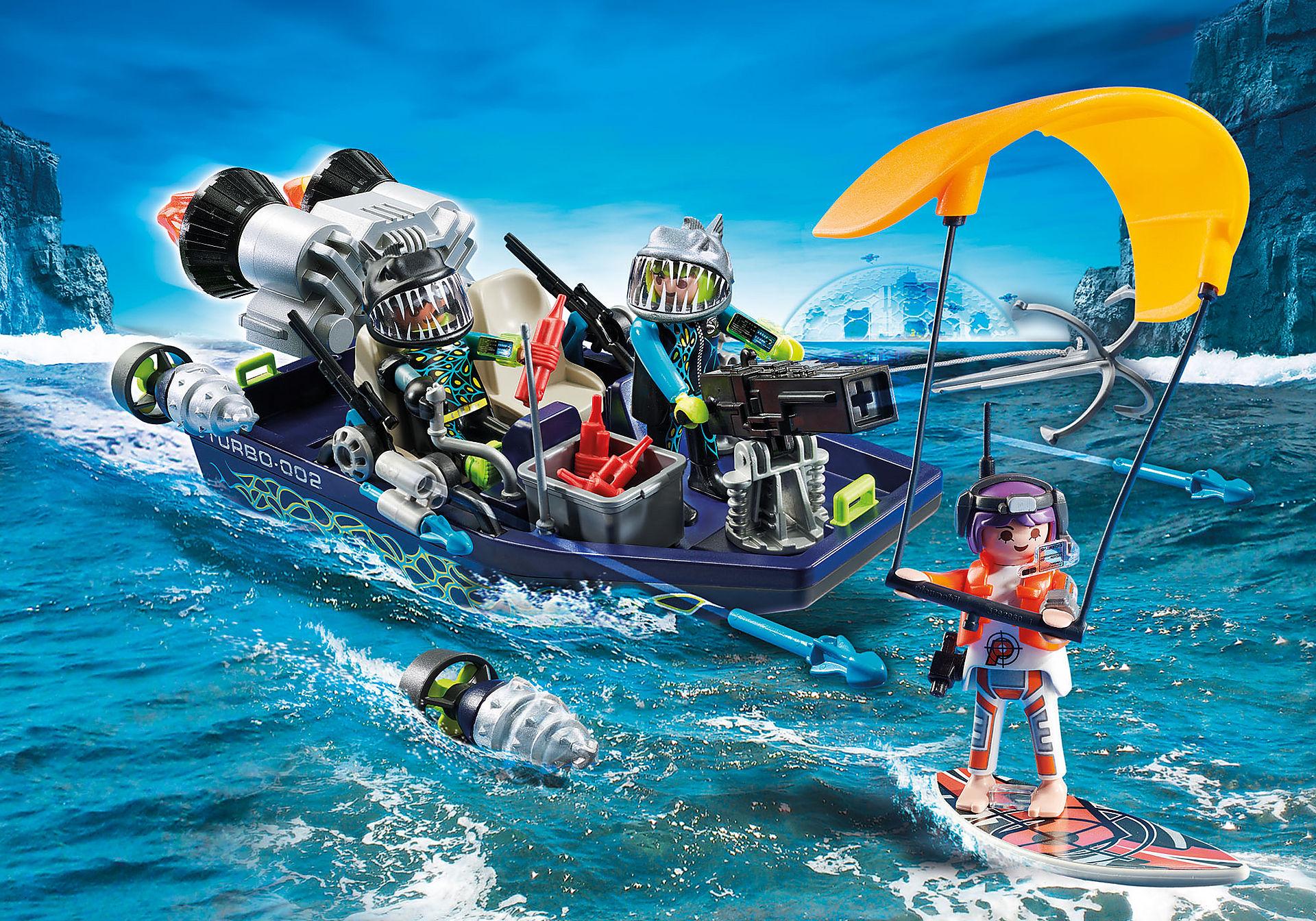 70006 Ταχύπλοο της SHARK Team και Kitesurfer  zoom image1