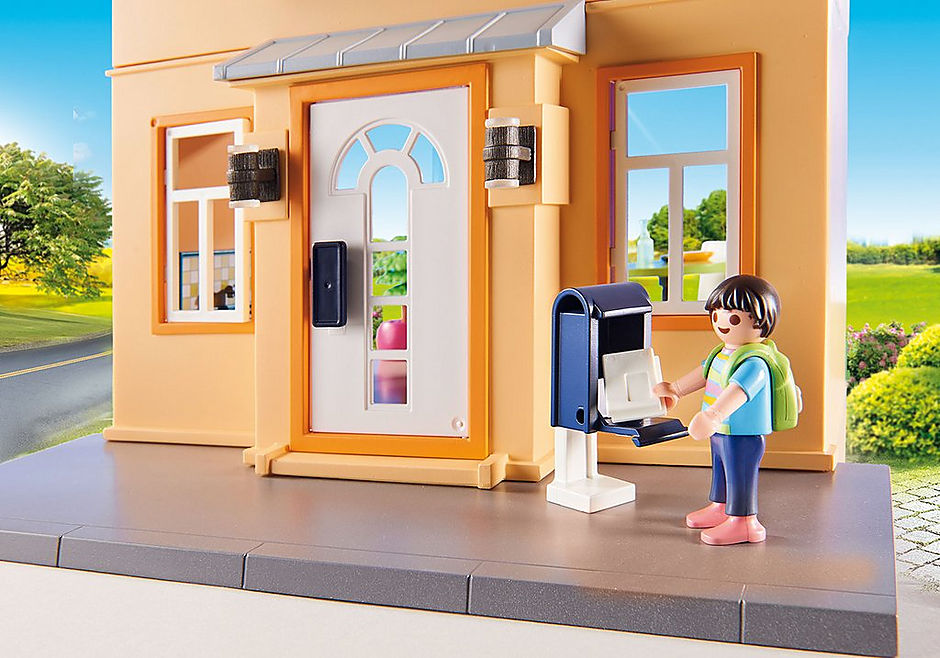 http://media.playmobil.com/i/playmobil/70014_product_extra2/My Townhouse