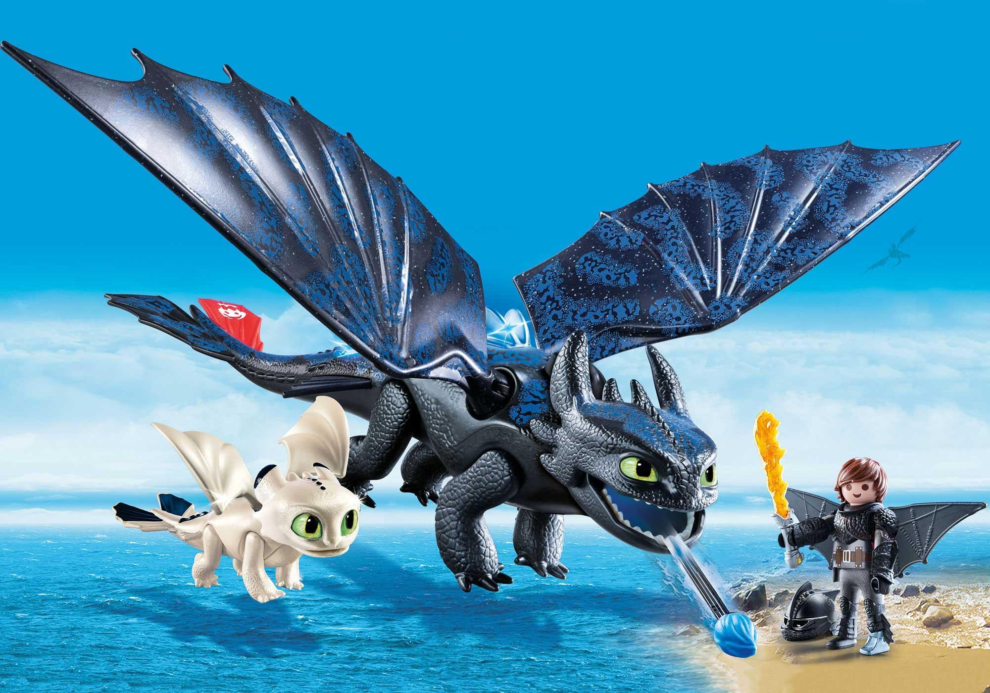 70037_product_detail/Krokmou et Harold avec un bébé dragon
