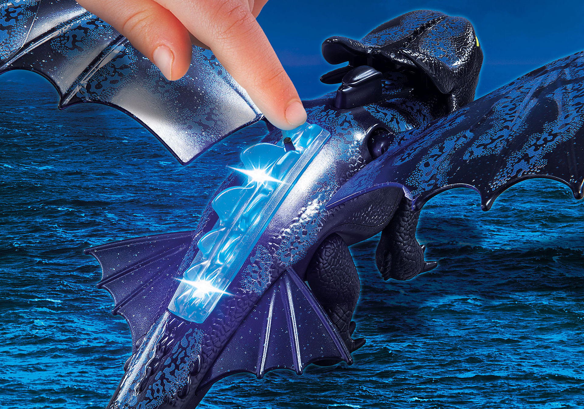 http://media.playmobil.com/i/playmobil/70037_product_extra2/Hiccup and Toothless Playset