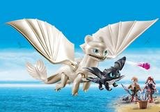 Playmobil Light Fury With Baby Dragon And Children 70038
