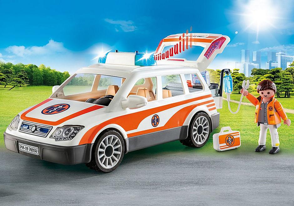 70050 Voiture et ambulanciers detail image 1