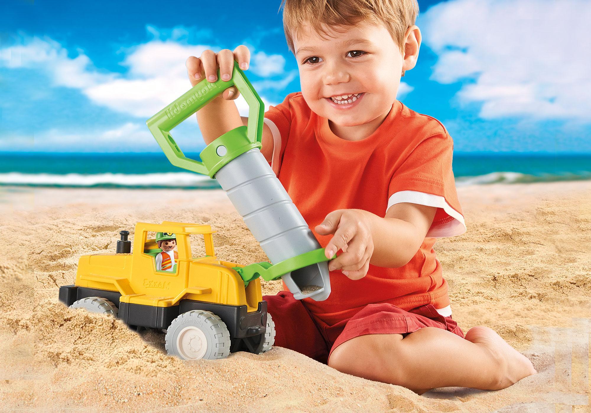http://media.playmobil.com/i/playmobil/70064_product_extra3/Camion avec foreuse