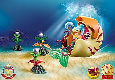 70098 Havfrue med blækspruttegondol