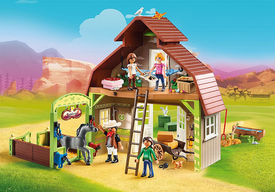 70118 Barn with Lucky, Pru and Abigail detail image 1
