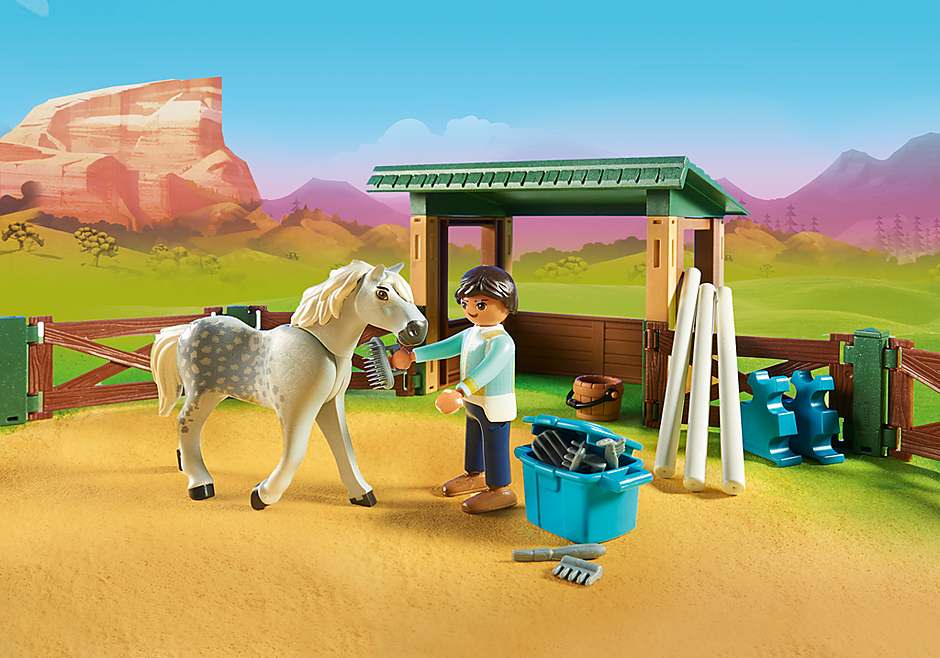 http://media.playmobil.com/i/playmobil/70119_product_extra1/Arena met Lucky en Javier