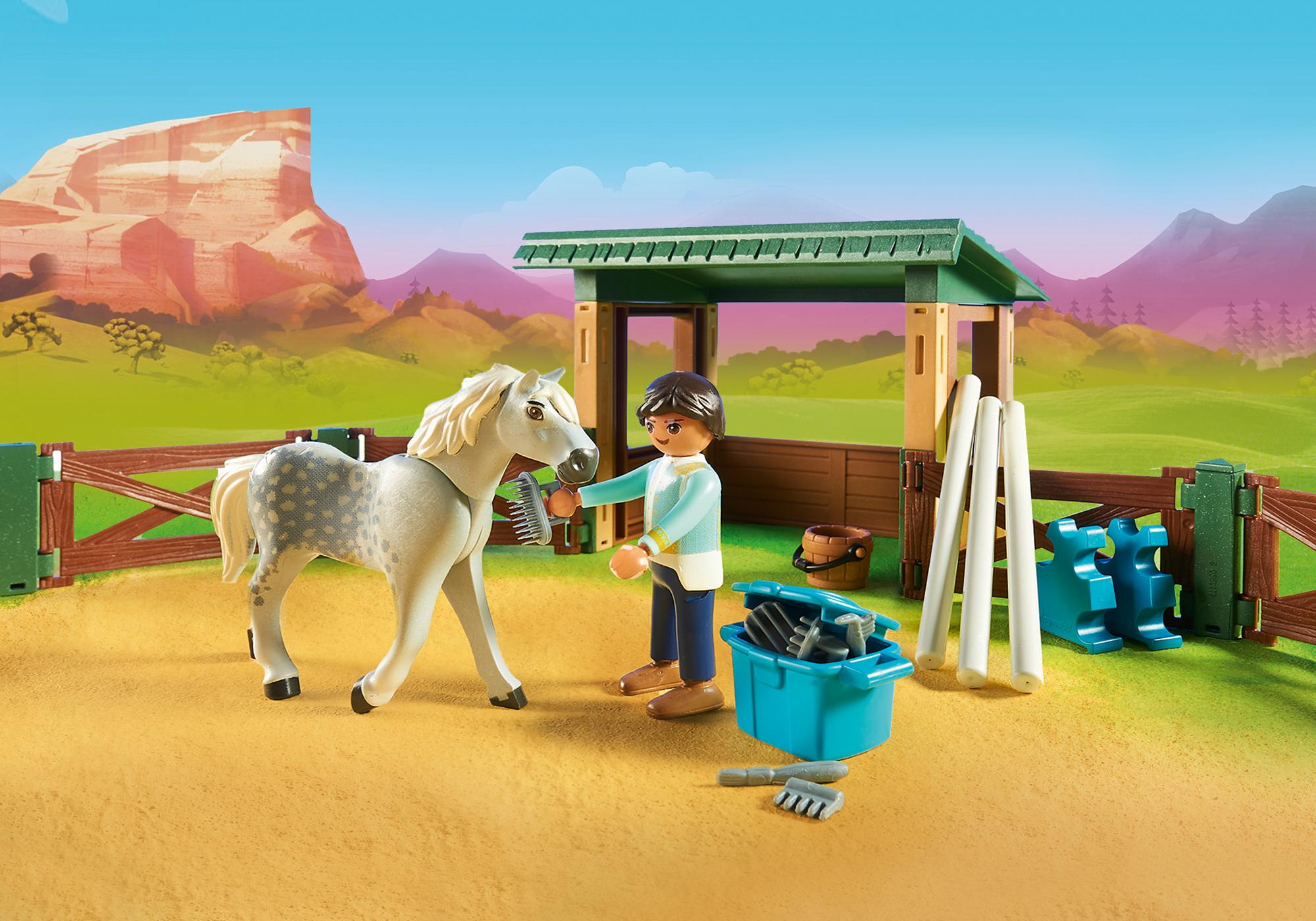 http://media.playmobil.com/i/playmobil/70119_product_extra1/Riding Arena with Lucky & Javier