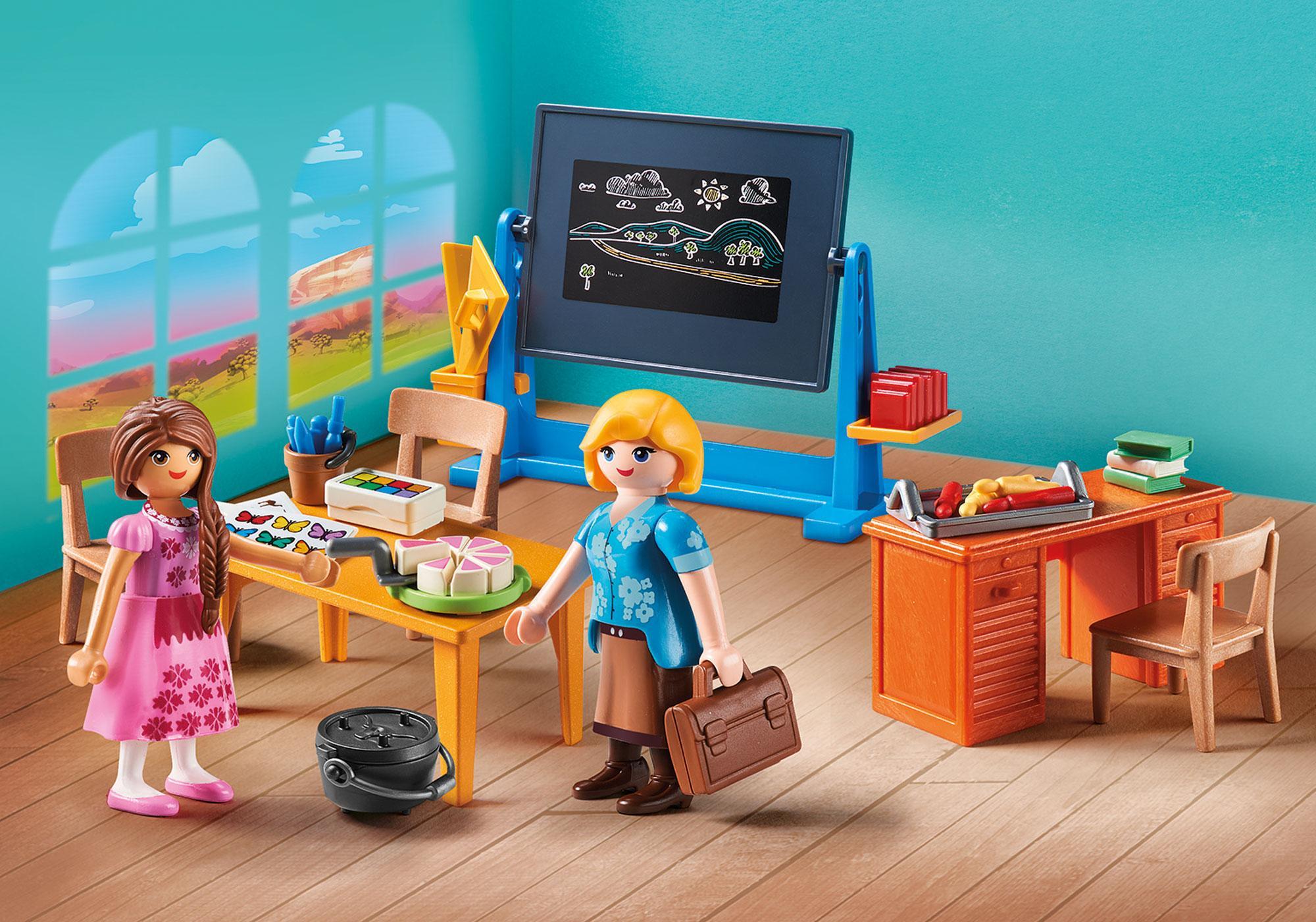 http://media.playmobil.com/i/playmobil/70121_product_detail/Fru Flores' klasseværelse
