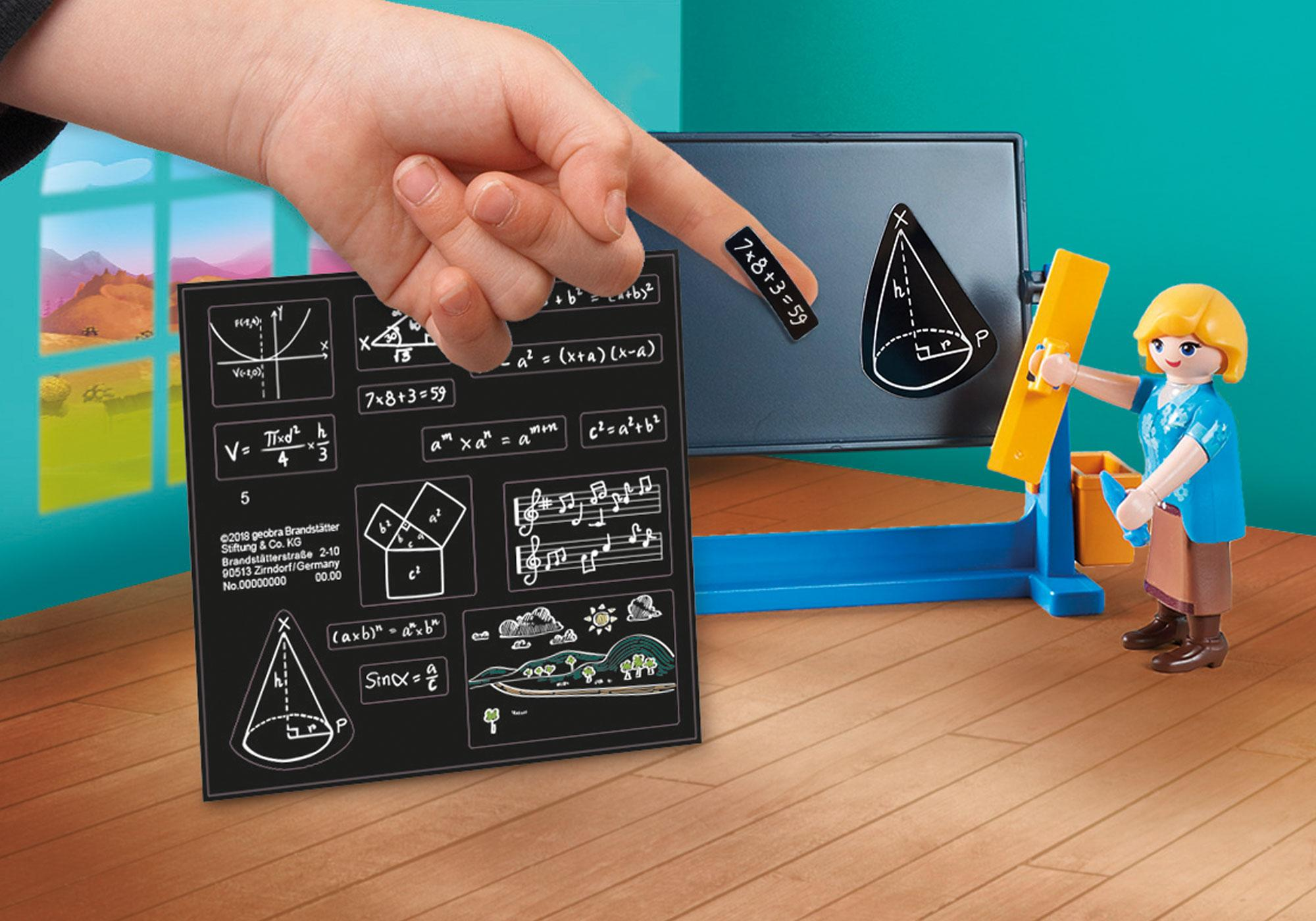 http://media.playmobil.com/i/playmobil/70121_product_extra1/Fru Flores' klasseværelse
