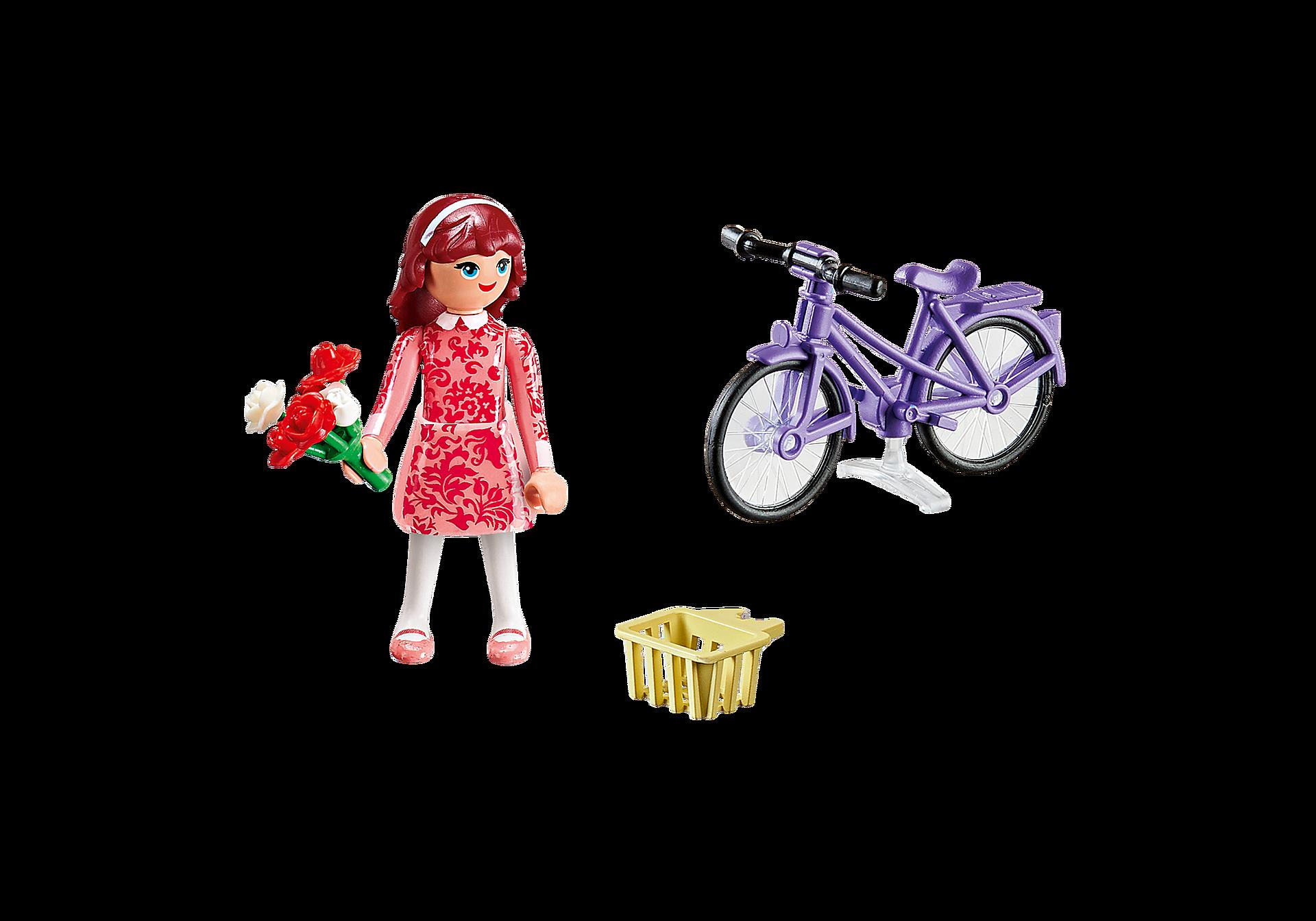 70124 Maricela met fiets zoom image3